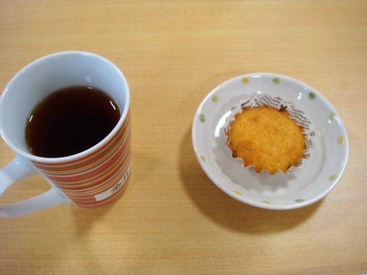 カップケーキとコーヒー